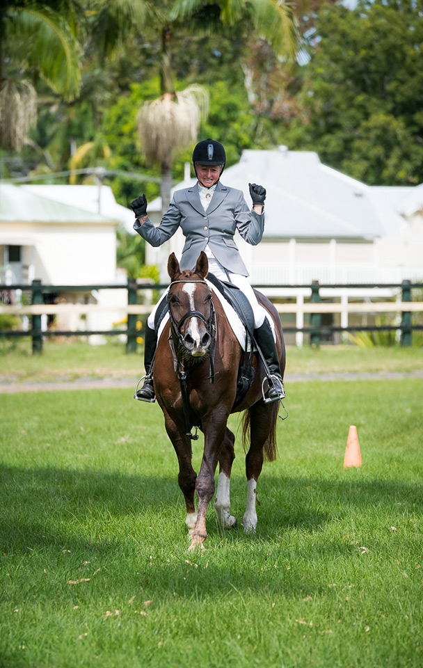 Scuba and Sally Evans competing at Bangalow 18.4.2015